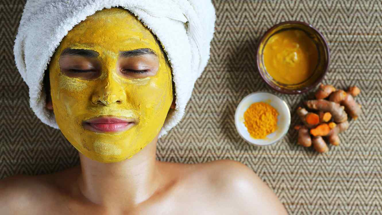 Image Turmeric Powder for Beauty: How to Use it for Your Face and Skin