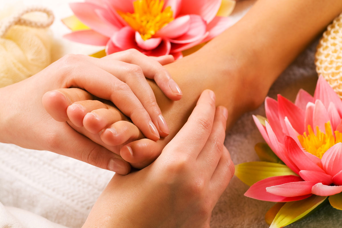 Foot-Reflexology-Massage-carla.jpg