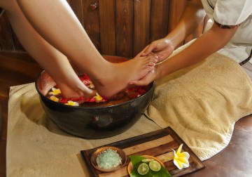 Image Revitalizing Foot and Leg Treatment