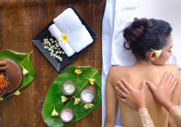 Image Thai Herbal + Body Massage
