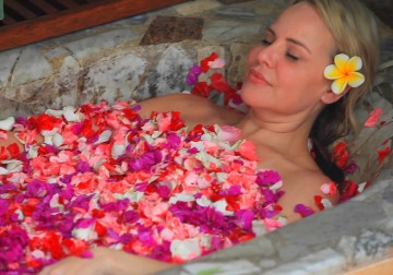 Image Balinese Exotic Flower Bath