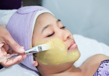 Image Natural Whitening Facial