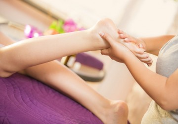 Image Padaabhyangam Leg and Foot Massage With Medicated Oil