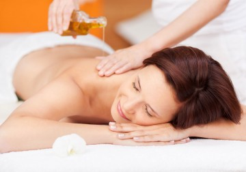 Image Body Massage with aromatherapy