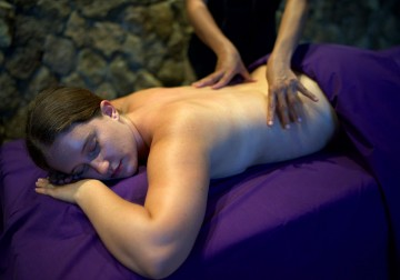 Image Toyam Detoxing Massage with Herbal Ball