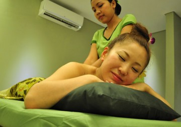 Image Traditional / Aromatherapy Massage (90)