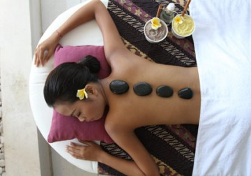Image Royal Warm Stone Massage (Hot Stone Therapy)