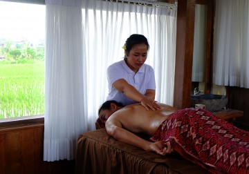Image Back Neck and Shoulder Massage