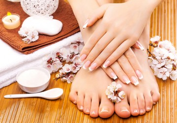 Image Aromatic Manicure Pedicure