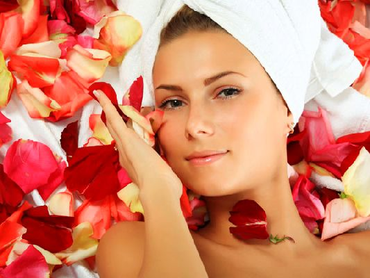 Image Benefits of Rose Skin for Face