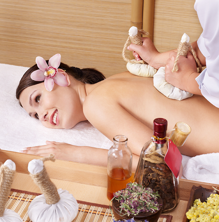 Image Benefit of Herbal Ball Compress Massage